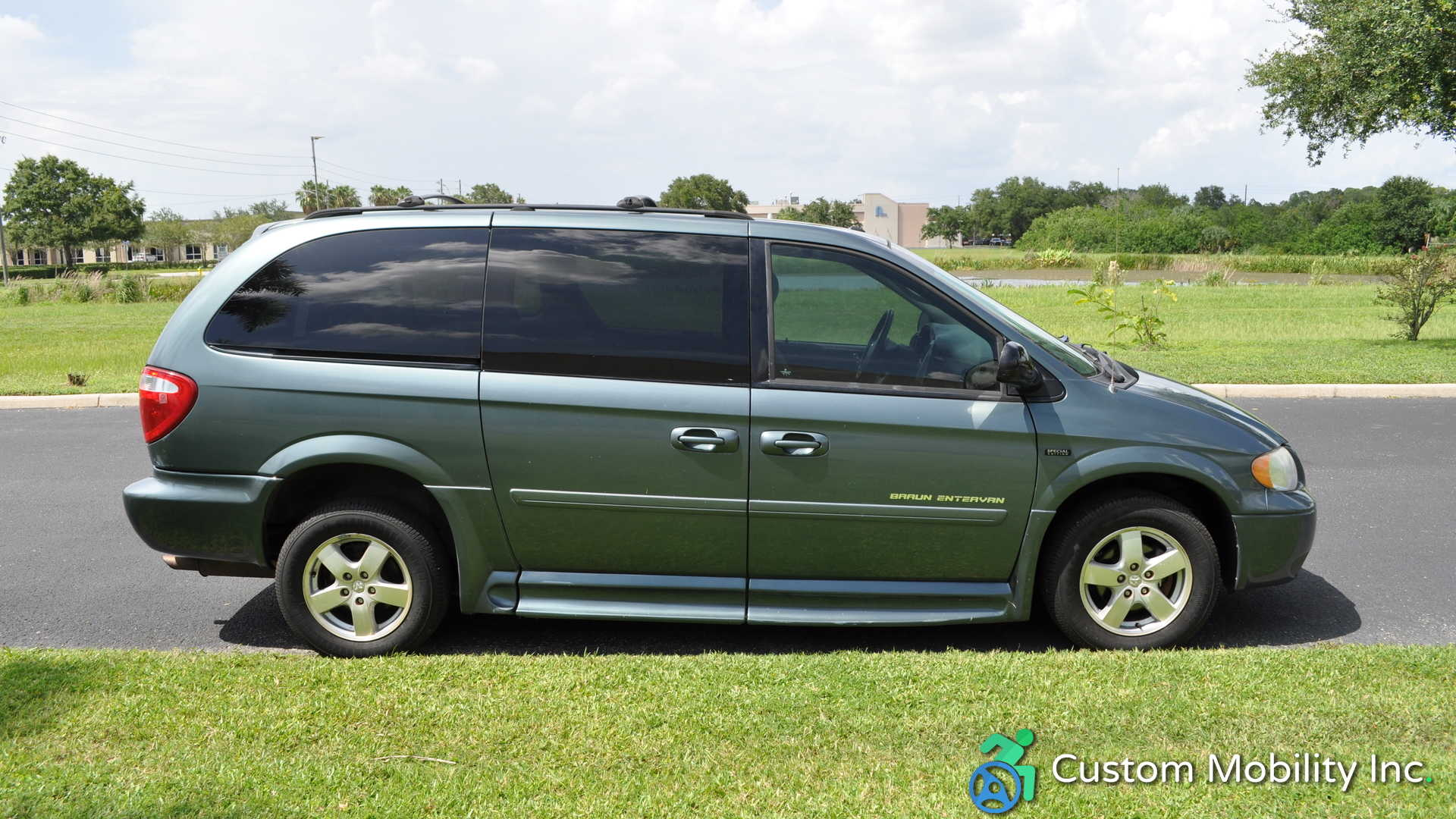 2007 Dodge Grand Caravan | Stock: 7R171933 | Wheelchair Van For Sale|  Custom Mobility Of Florida