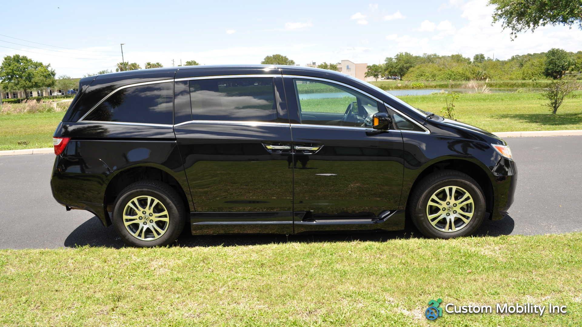 2013 Honda Odyssey. BraunAbility Honda Entervan II. Call For Price