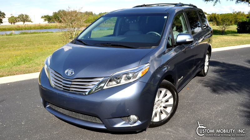 Used 2016 Toyota Sienna.  ConversionBraunAbility Toyota Manual Rear Entry