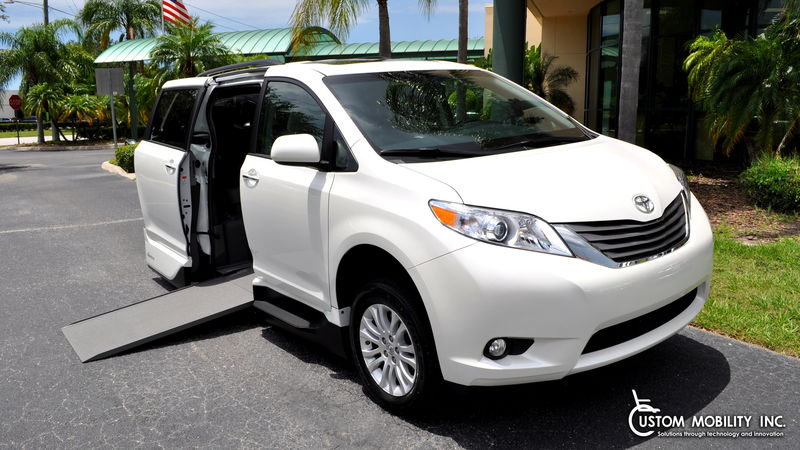 2017 Toyota Sienna VMI Toyota Summit Access360 wheelchair van for sale