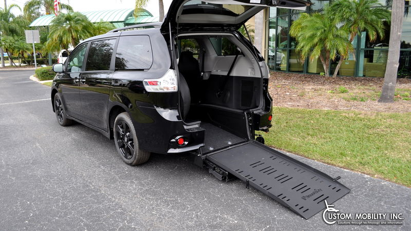 New 2020 Toyota Sienna.  ConversionBraunAbility Toyota Power Rear Entry